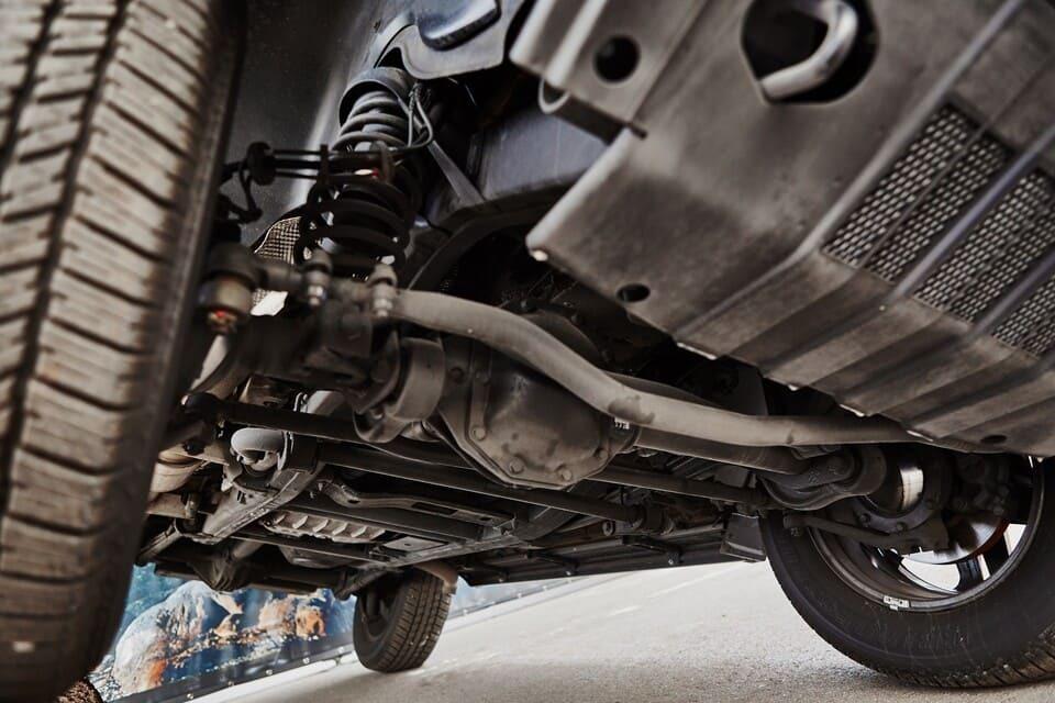 фото диагностика подвески автомобиля